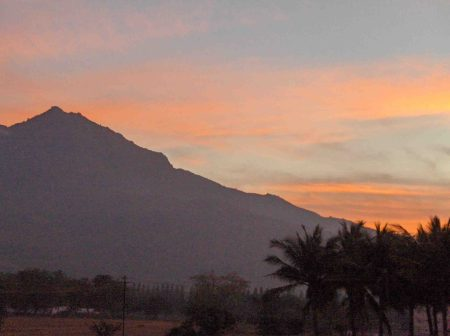 arunachala-sunrise-after-mahasivaratri-night