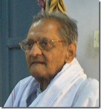 Nannagaru visits Tiruvannamalai