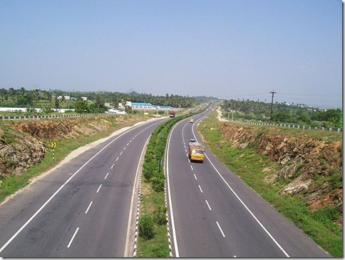 640px-Looking-down-National-Highway-Chittode-Junction