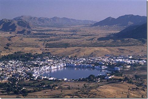sacred-lake-temple-brahma-500